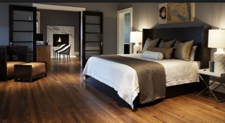 Обустройство спальни: рекомендации по выбору напольного покрытия