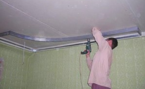 Отделка кухонного потолка гипсокартоном