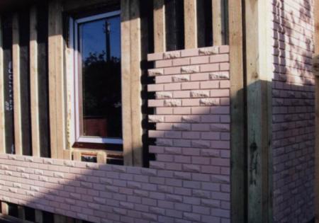 Отделка стен с помощью имитации кирпича