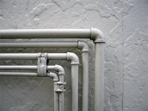 Отвод в водопроводной трубе. Установка своими силами