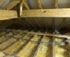 Советы по утеплению потолка опилками