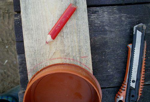 Разметка заготовок для изготовления клумбы (фото)