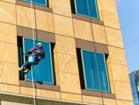 Практическая важность мойки фасадов