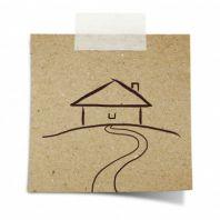 Расположение дома на загородном участке: правила и детали