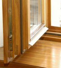 Ремонт оконных деревянных рам и подоконников