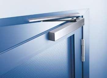Преимущества дверных доводчиков