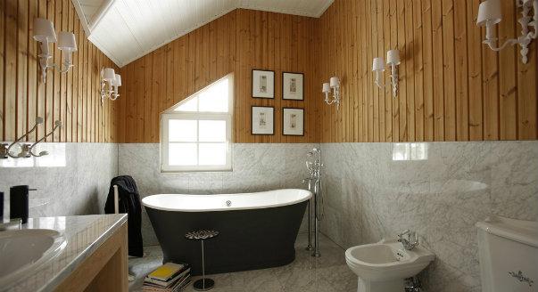 Ванная комната в мансарде: как это делают профессионалы