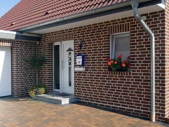 Достоинства фасадной плитки — цена, надежность, долговечность