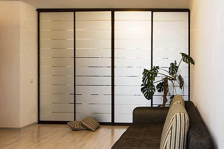 Гардеробные шкафы-купе для вашей спальни