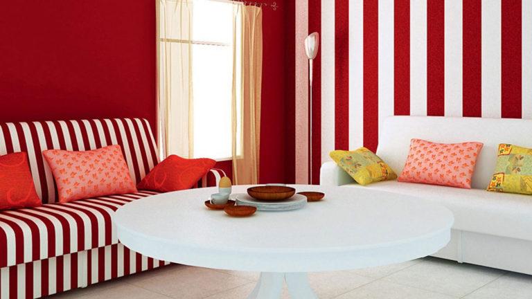 Сочетание цвета в полосатой гостиной