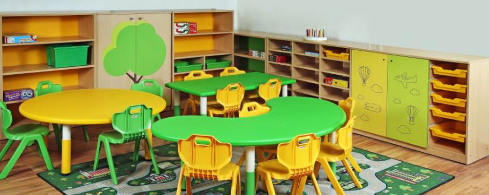 tablesChairs 3