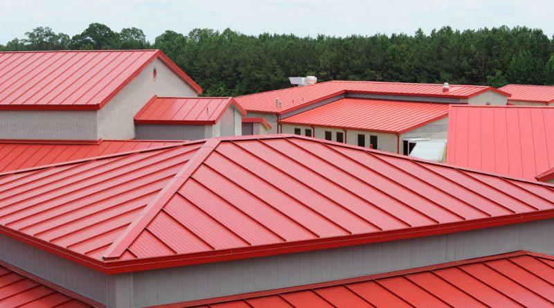 яркие цвета крыши из профнастила